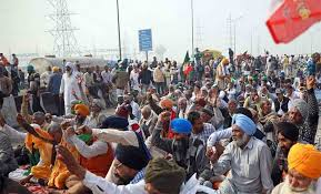 punjab-panchayat-says-one-member-of-every-family-should-reach-delhi-or-pay-1500-rupees-fine